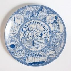 Plato de cerámica azul